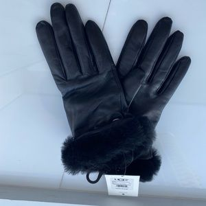 Gloves UGG black M